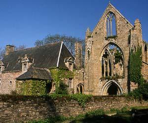 Vestiges de l'abbaye de Beauport