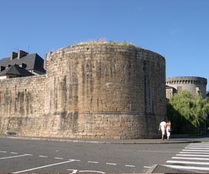 Château édifié par Pierre II à Guingamp