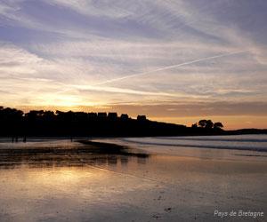 Soleil couchant sur la plage de Trestel