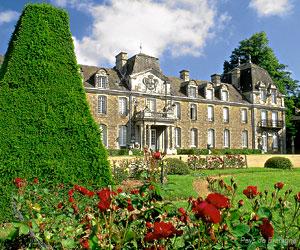 un château Martin 25 novembre trouvé par Martine Chateau_de_caradeuc_1