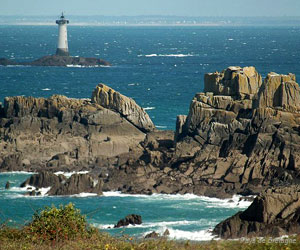Pointe du Grouin et phare de Herpin